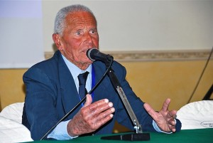 Il campione Enzo Maiorca