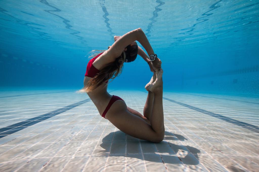 pool-yoga-pose-kate