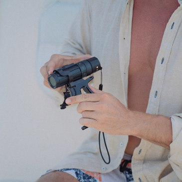 Paralenz: una videocamera subacquea divertente  e facile da usare a noleggio nei diving center italiani